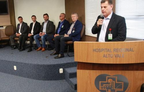 Hospitais Regional Alto Vale e Samária são contemplados com convênios