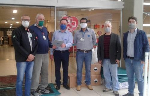 Empresa faz a doação de materiais para o Hospital Regional