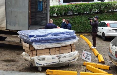 Hospital Regional recebe as camas e os respiradores para a ampliação da UTI