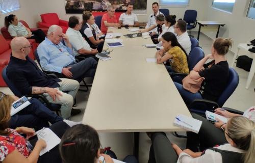 Hospital Regional promove reunião com autoridades sanitárias
