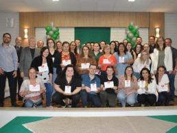 Fusavi entrega placa para 34 colaboradores do hospital