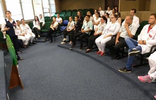 """Funcionários receberam treinamento para """"Acreditação Hospitalar"""""""