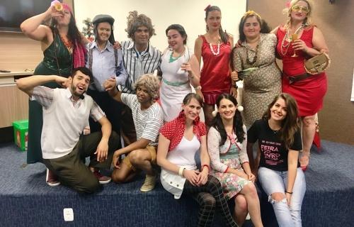 """Grupo de Teatro voltou a apresentar a peça """"Uma comédia de Natal"""""""