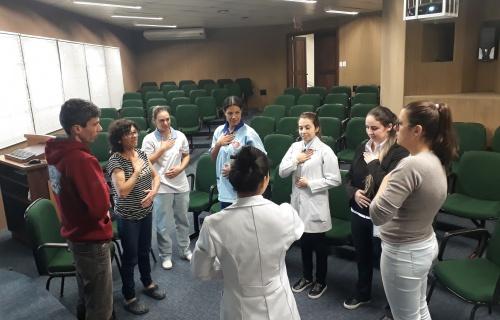 Colaboradores do Hospital Regional largam o cigarro