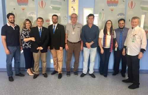 Governador do Rotary Club visitou o HRAV